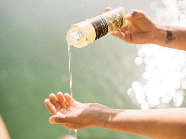 Aprende a usar los aceites capilares