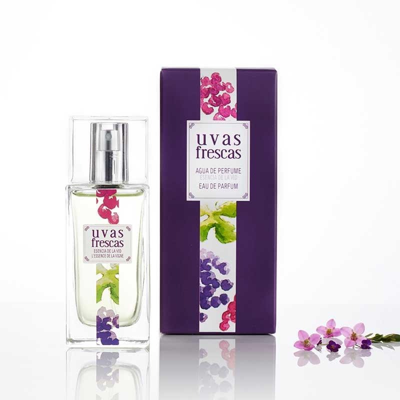 Agua de perfume esencia de vid