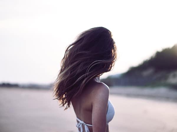 10 trucos para cuidar tu pelo en verano